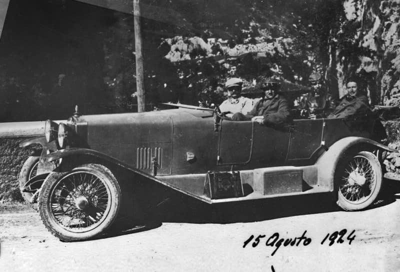 Alfa Romeo - A Story That Made History - Alfa Romeo USA 33d1e9562