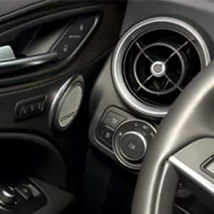 Alfa Romeo Sports Cars Suvs Official Alfa Romeo Site