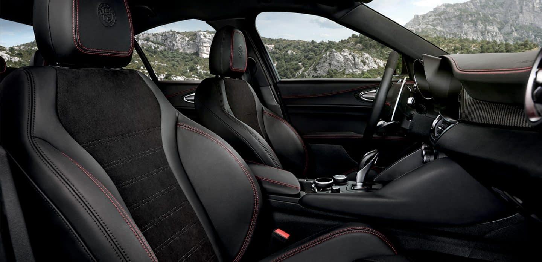 Alfa Romeo Giulia Interior >> Alfa Romeo Giulia Quadrifoglio Photos Videos Alfa Romeo Usa