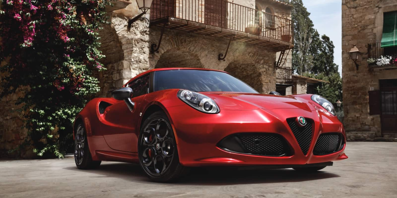 alfa romeo 4c coupe price and specs alfa romeo usa. Black Bedroom Furniture Sets. Home Design Ideas